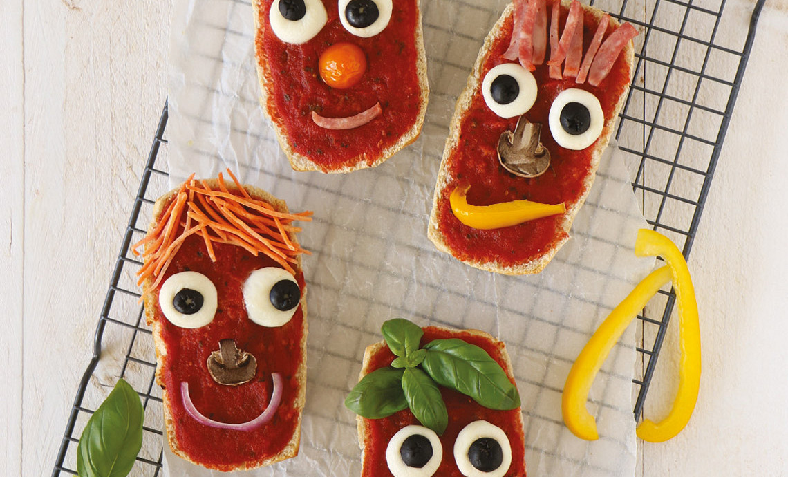 Pizza-lachebekjes van ciabatta's